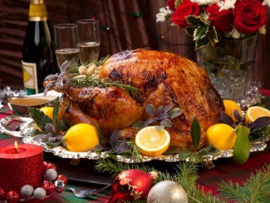 Новый год: основные правила как защитить печень от еды и алкоголя