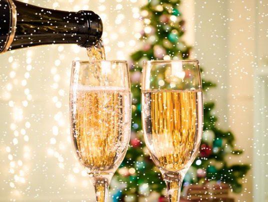 Шампанское: как «отметить» Новый год и не навредить себе